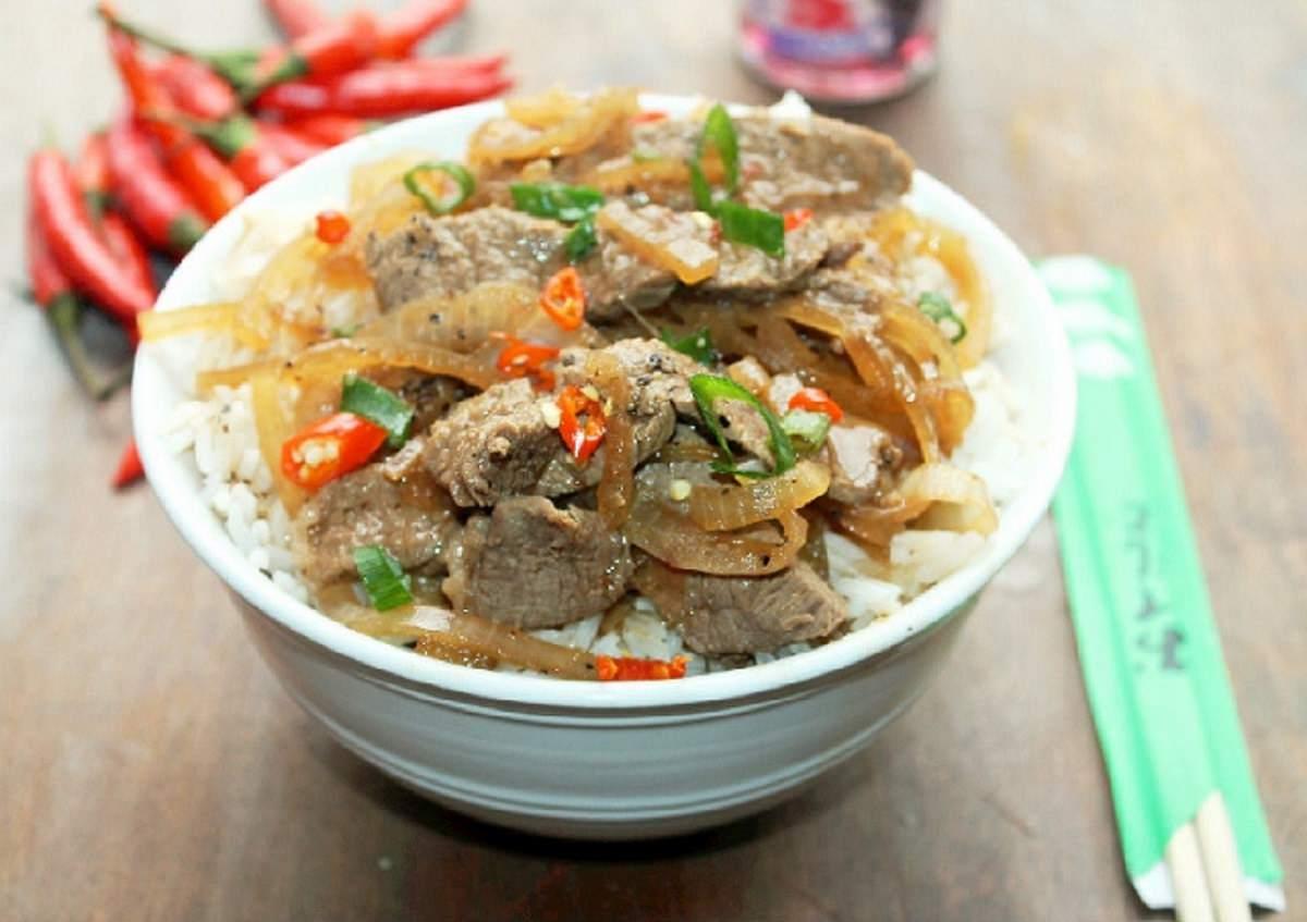 Japanese Beef Bowl (Gyudon)  Yoshinoya Copycat-Creole Contessa