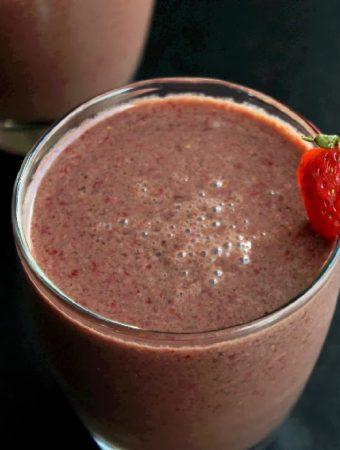 Chocolate Covered Strawberry Shake with Hemp