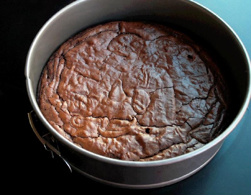 Slow Cooker Cake Pan