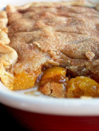 Rustic Peach Cobbler Quick and Easy