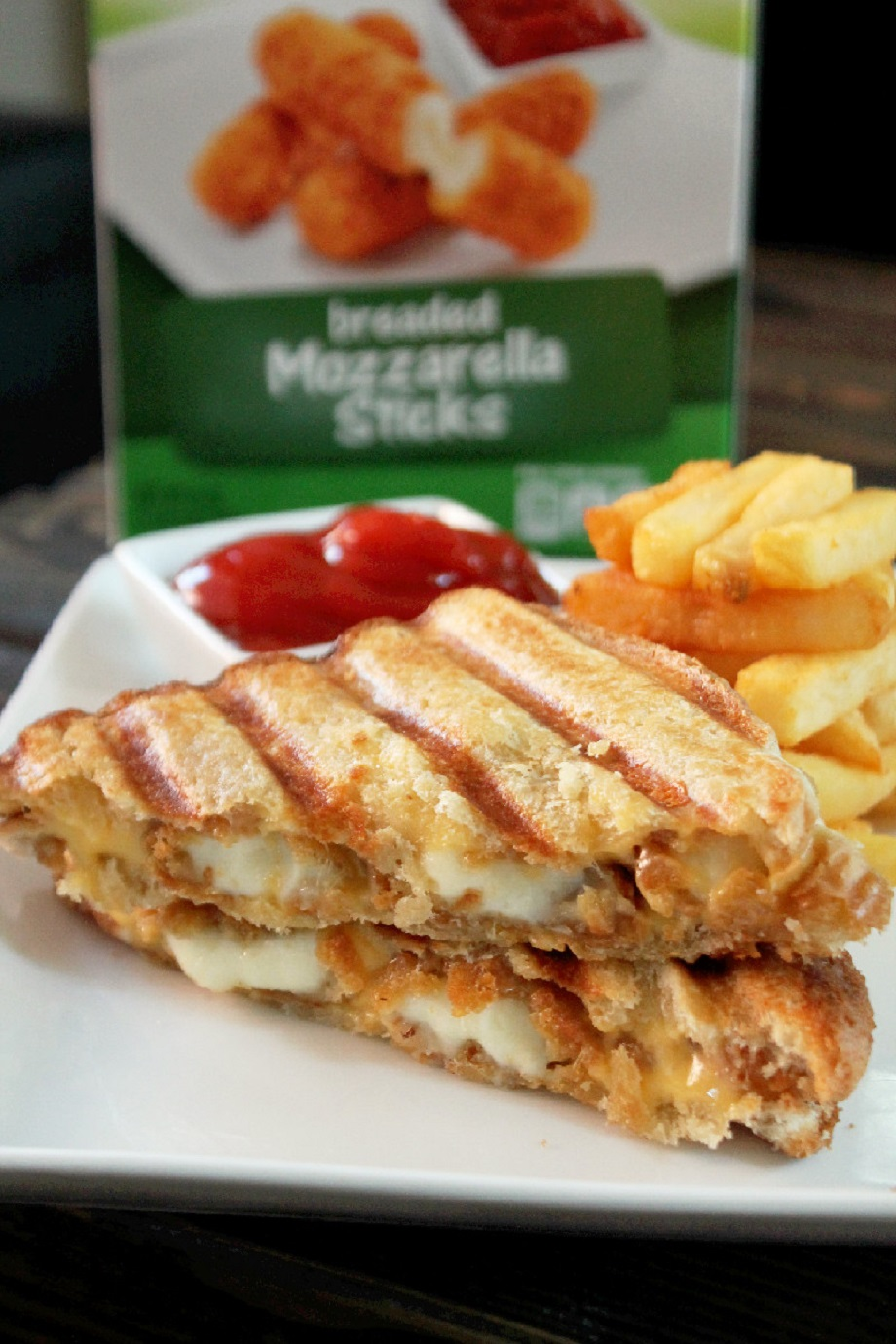 Mozzarella Sticks Grilled Cheese Sandwich - Creole Contessa