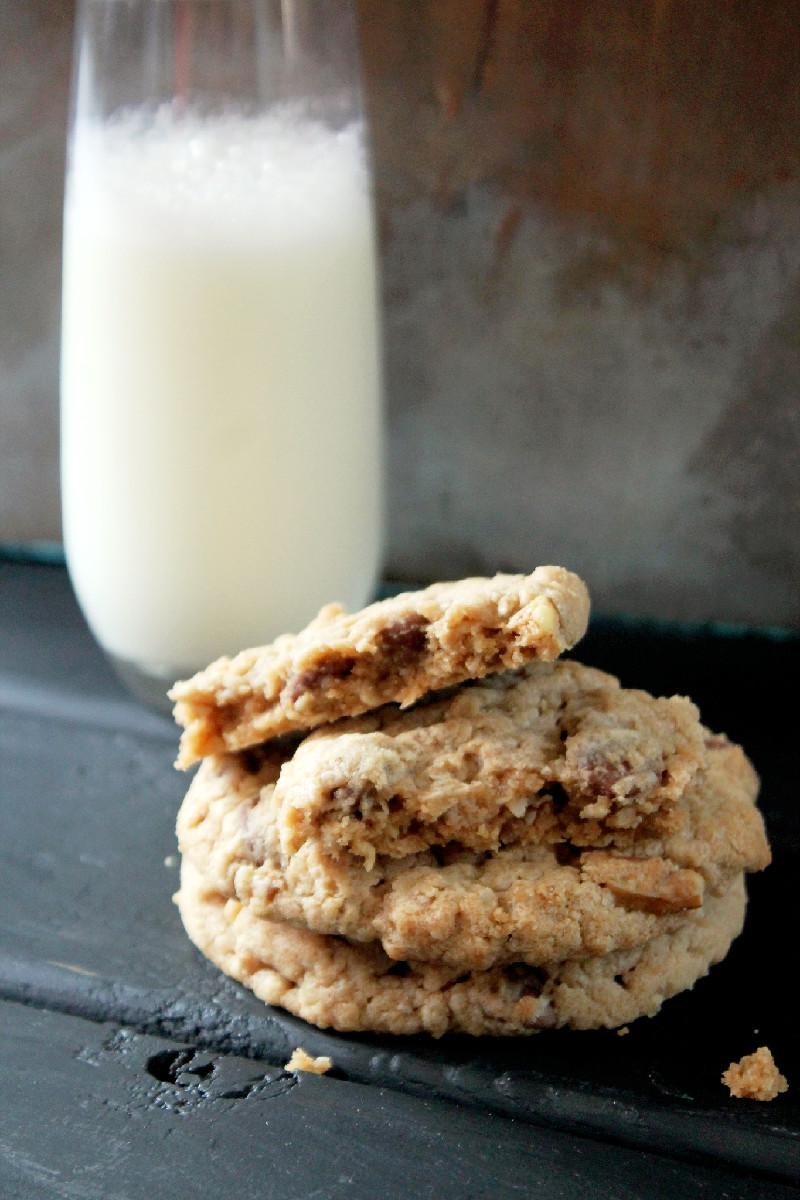Peanut Butter Oatmeal Pecan Cookies-Creole Contessa