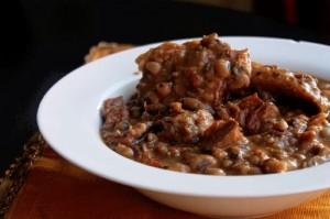 Slow Cooker Black Eyed Peas with Ham Hocks-Creole Contessa