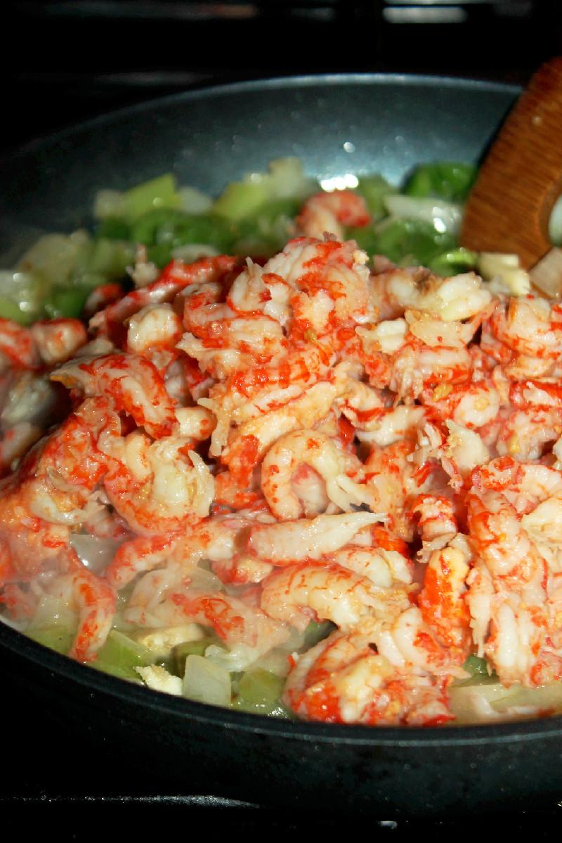 Crawfish and Grits-Creole Contessa