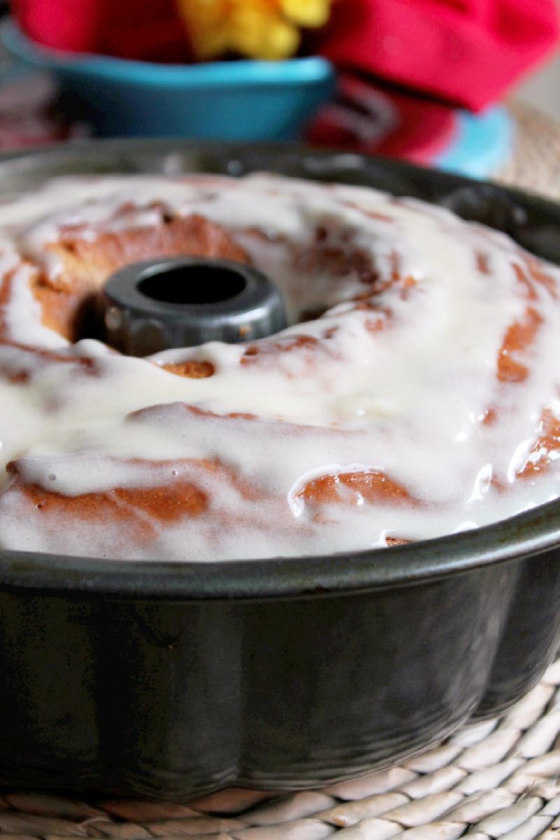 Kentucky Butter Crunch Cake-Creole Contessa