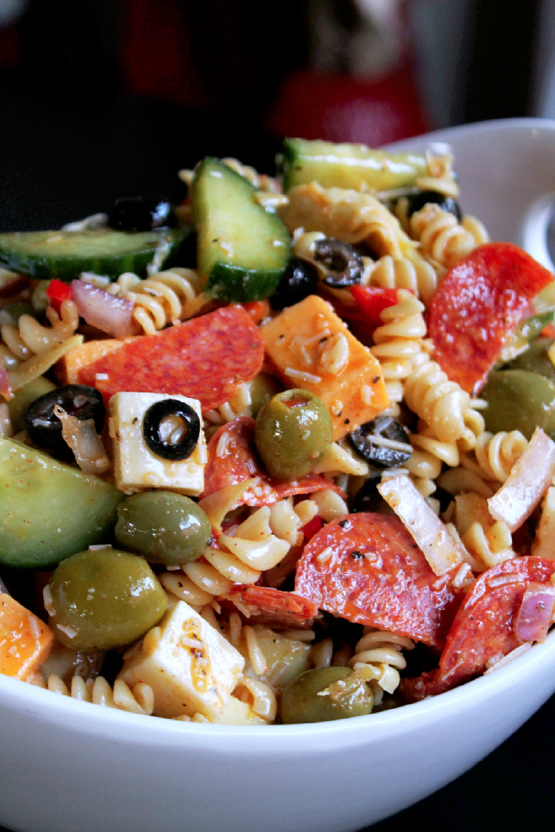 Pepperoni Madness with HORMEL®Pepperoni Pasta Salad-Creole Contessa