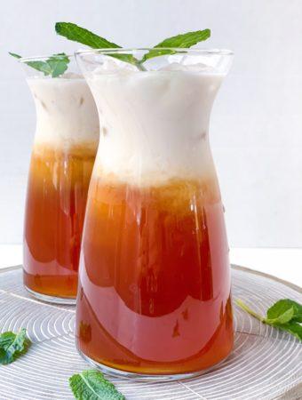 Coconut Macaron Thai Iced Tea